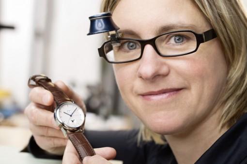 Portrait der Uhrmacherin Christine Genesis
