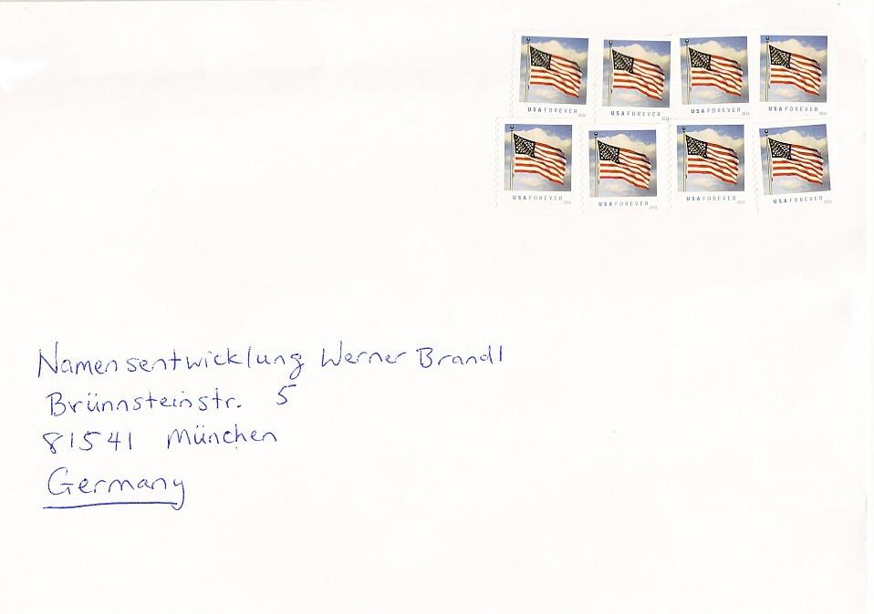 Briefumschlag mit USA Forever Briefmarken frankiert